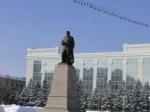 В Усть-Каменогорске хулиганы изрисовали памятник Абаю