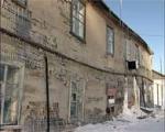 В Семее скандалом обернулась попытка отремонтировать ветхие дома
