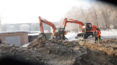 Порыв холодного  водоснабжения в районе магазина «Рахат»(+ФОТО)