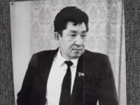 В Усть-Каменогорске поселку металлургов присвоили имя Ахата Куленова