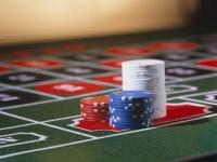 В Усть-Каменогорске в кафе под видом спортивного покера развернули подпольное казино