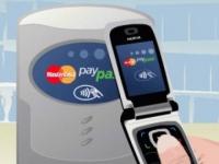 Казахстанцы смогут расплачиваться за покупки при помощи сотовых телефонов и часов