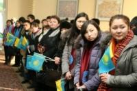 В преддверии Дня независимости в Семее 500 студентов отметили новоселье