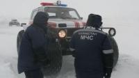 В ВКО спасатели добирались до тяжелобольного мужчины почти 10 часов