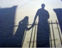 В поселке Новая Шульба по дороге в школу убита 10-летняя девочка