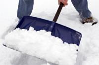 В Усть-Каменогорске будут применять меры адмвоздействия к собственникам зданий, не убирающих снег