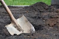 В Семее могилы, размытые паводками, перезахоронят в другом месте