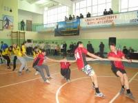 (+Фото) Для профилактики подростковой преступности полицейские Восточного Казахстана организовали «Веселые старты»